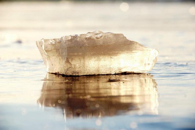 Vesi tahkes olekus (jää)
