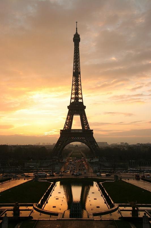 Eiffeli torn Pariisis.