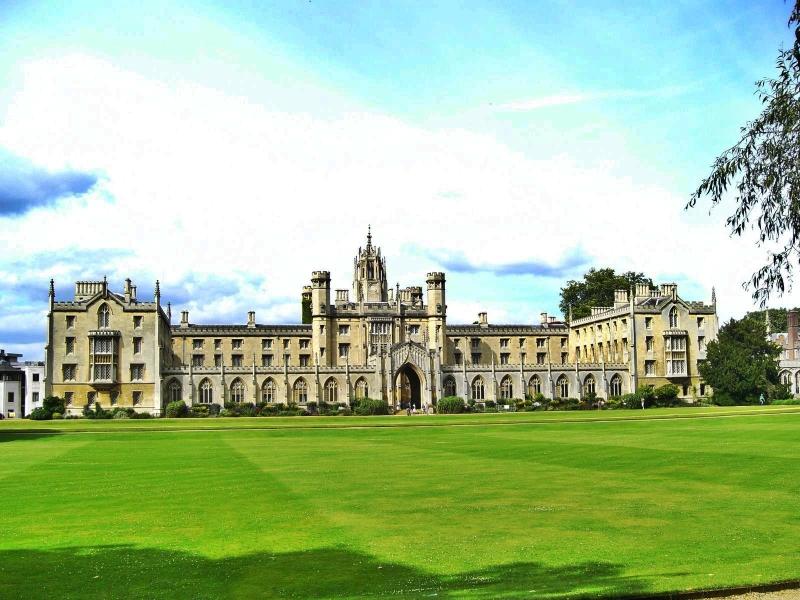 Cambridge`i Ülikool.