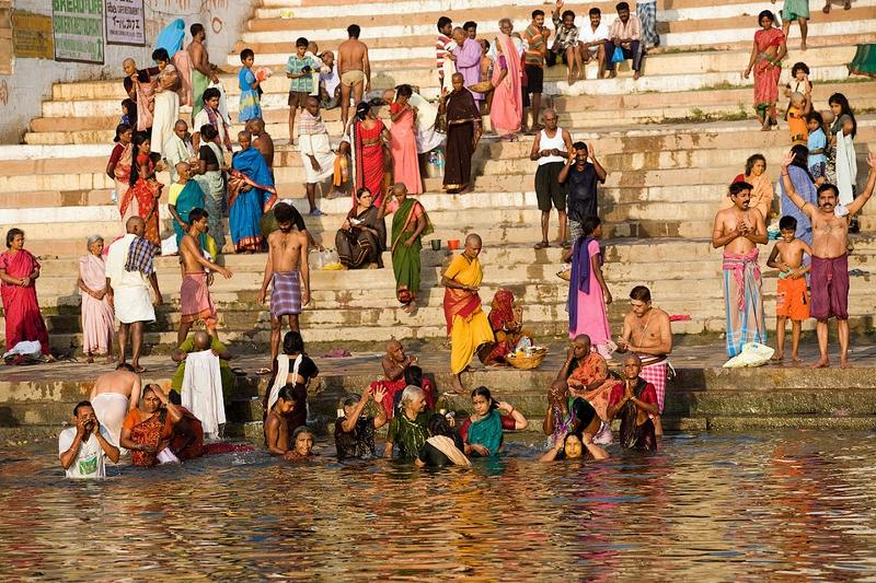 Pesemine Gangeses.