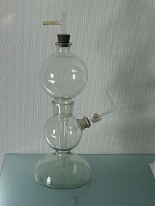 Kippi aparaat, millega saab toota laboris gaase, näiteks vesinikku