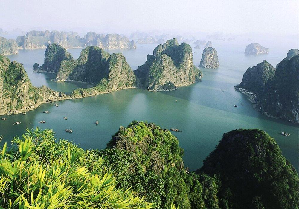 ha-long-bay-vietnam-photograph