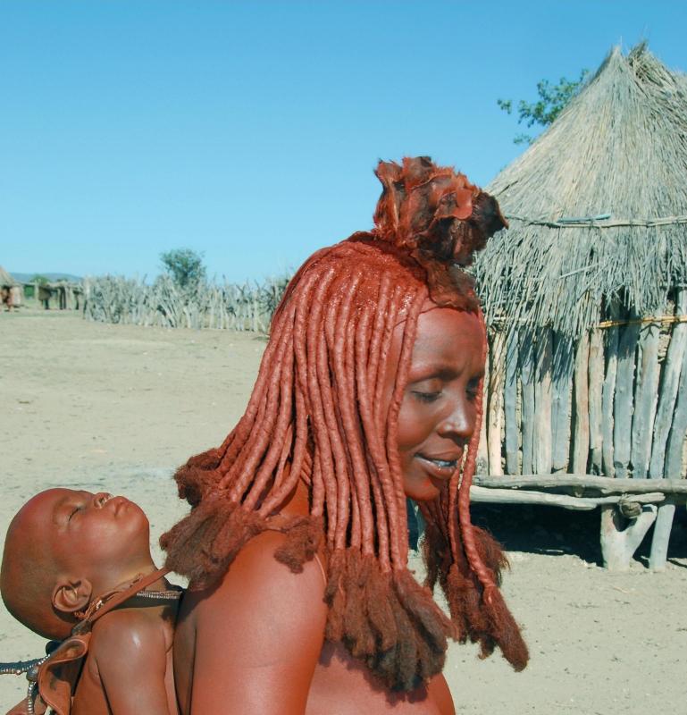 himba-mummy-and-bub (769x800)