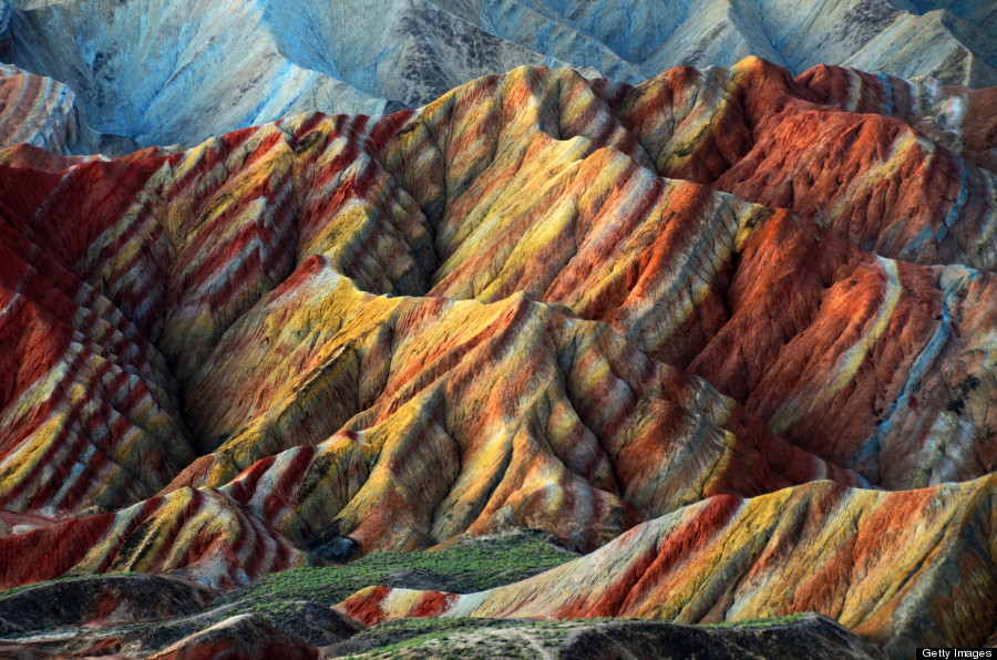 Liivakivi kaljud kuiva kliimaga kõrbevööndis