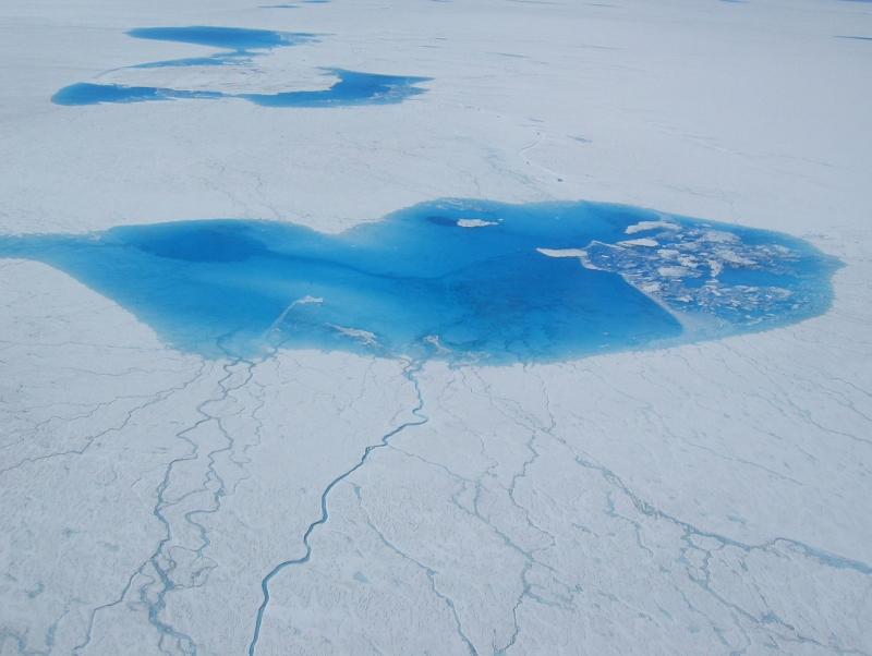 Ajutine jääjärv Gröönimaal