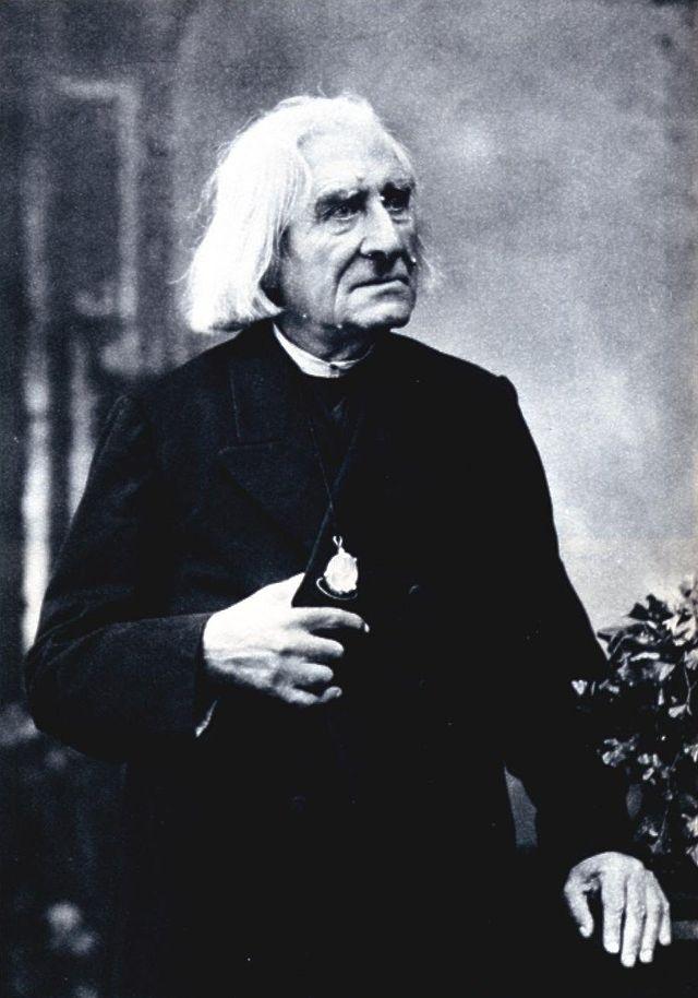 640px-Franz_Liszt_photo