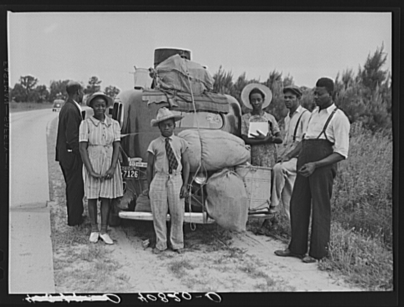 Group-of-Black-Migrants (800x607)