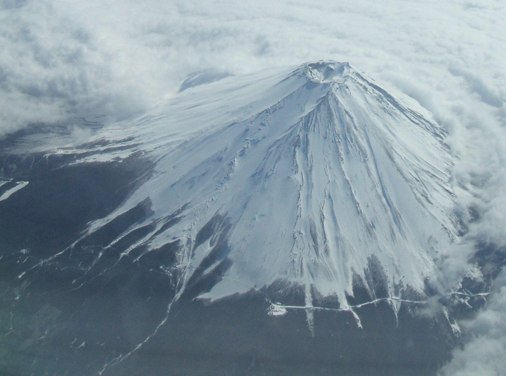 Mt,Fuji_2007_Winter_28000Ft