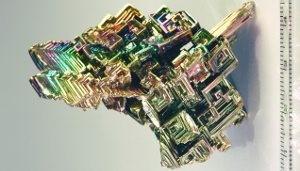Vismuti kristallid