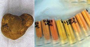 Uraani mineraal ning uraanoksiidid katseklaasides